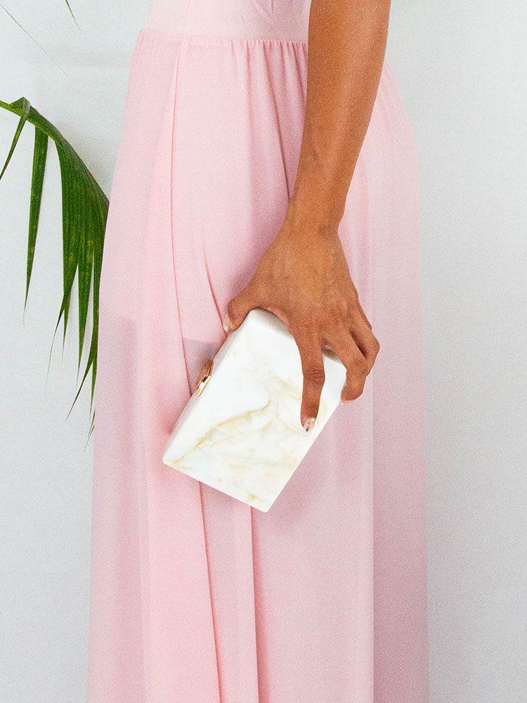 89806a1539 Τσάντα απο ακρυλικό λευκό με μπεζ Τσάντες φάκελος