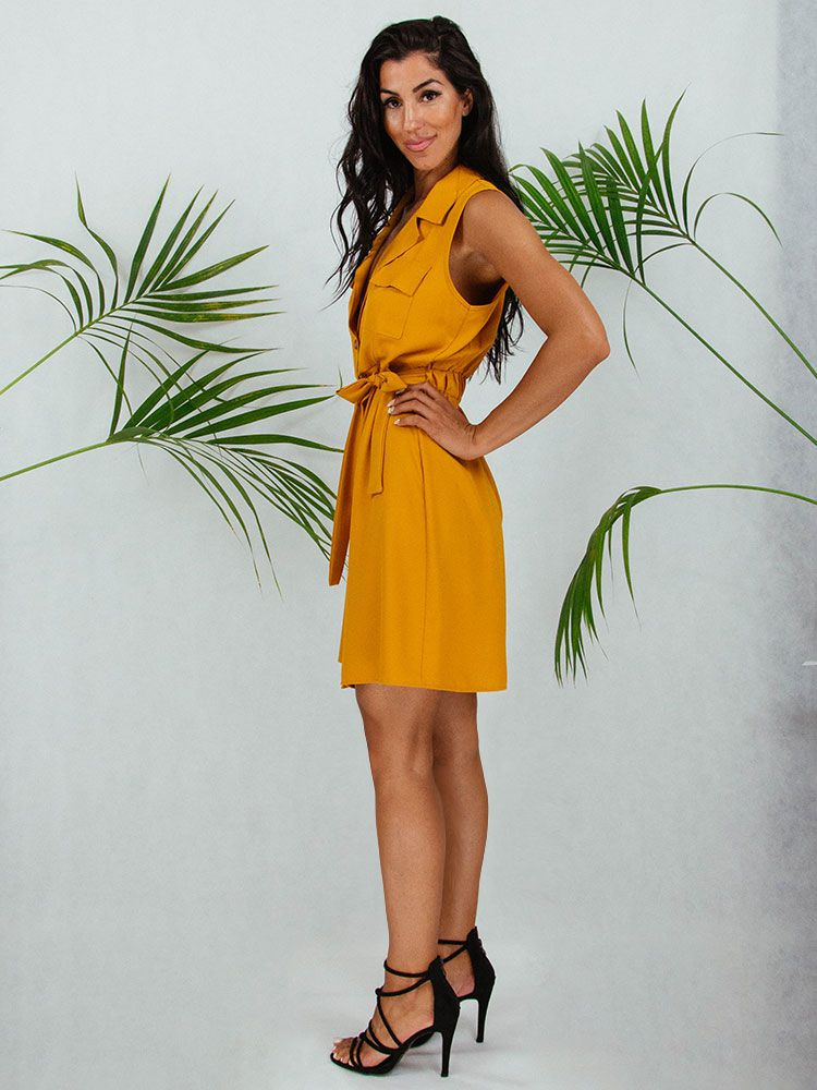 Φόρεμα κοντο μουσταρδί με γιακά ζώνη και κουμπιά Φορέματα 2 3