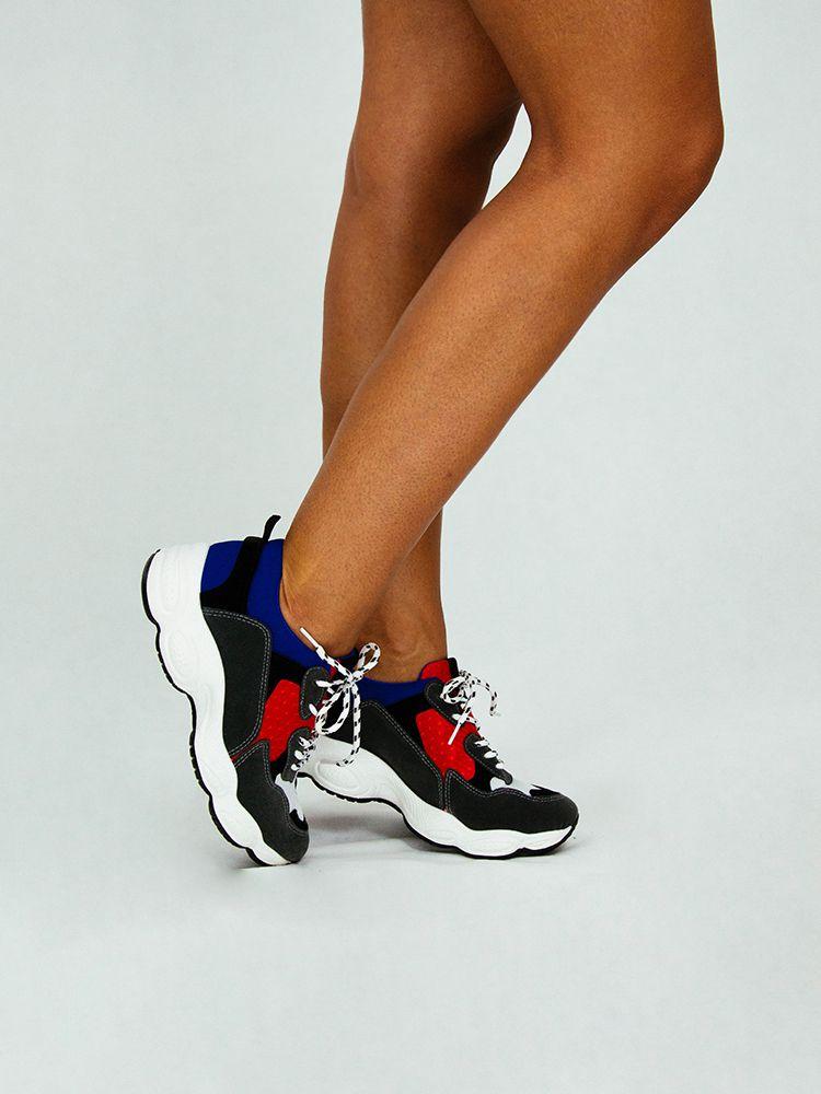 Sneakers με φαρδιά σόλα και κίτρινες-πράσινες λεπτομέρειες - Style.gr 0eae5dc9017