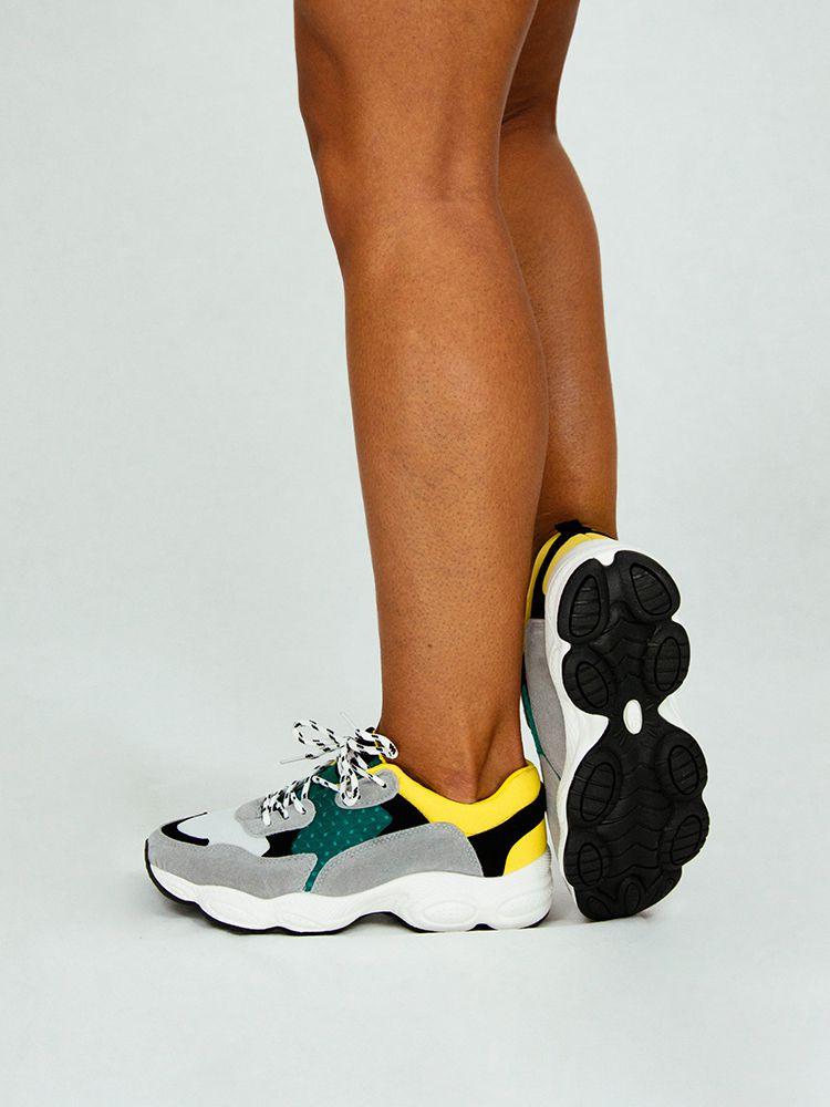 Sneakers με φαρδιά σόλα και κίτρινες πράσινες λεπτομέρειες Sneakers 4 2 d0bb10c08eb