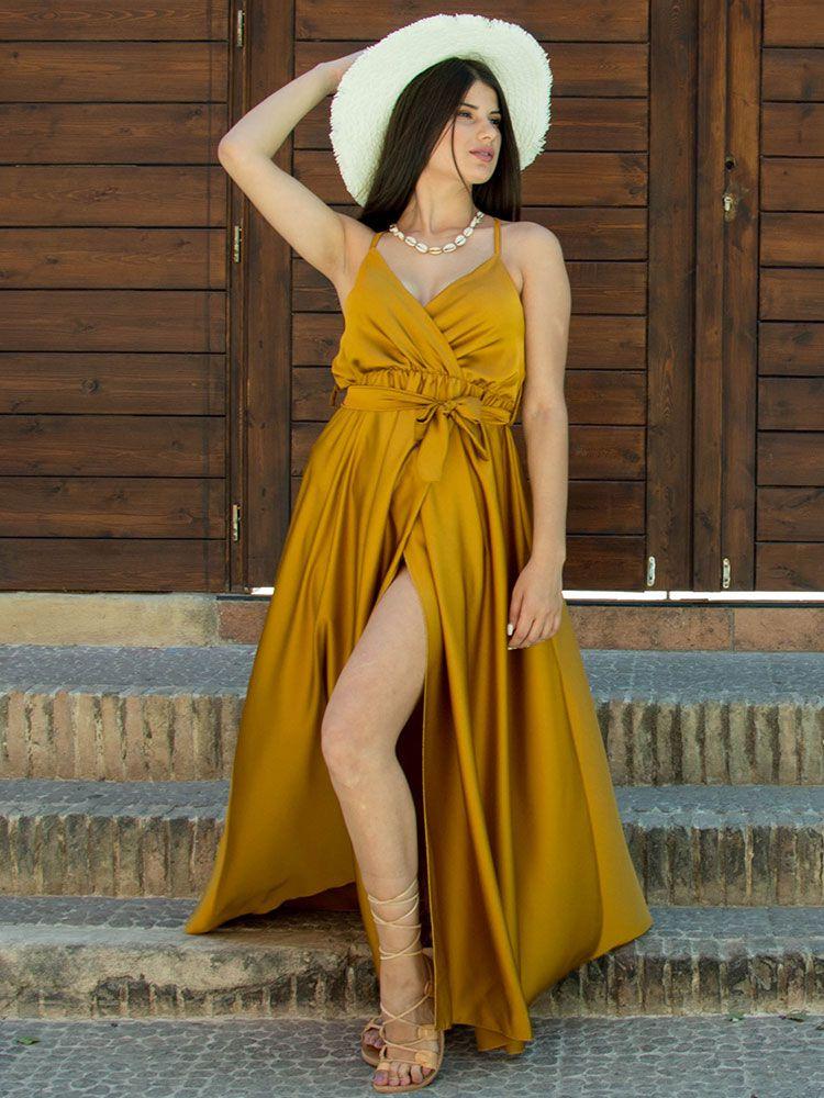 Σατέν φόρεμα χρυσό κρουαζέ με τιράντα και σκίσιμο